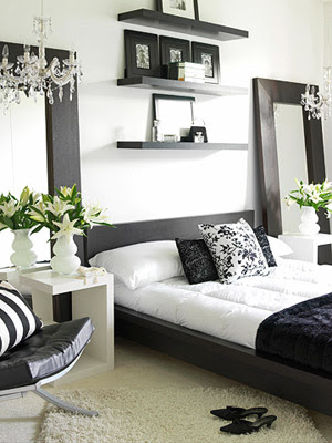 Ideas for Bedroom Decoration. Black and White All Over