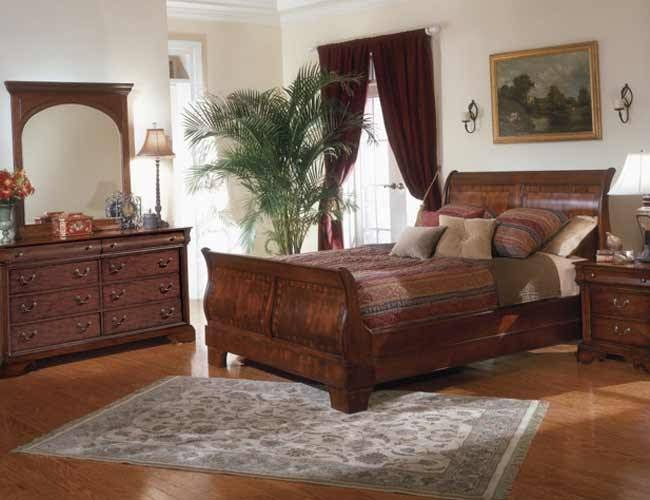 Antiques classic bedroom gallery for S h bedroom gallery