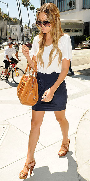 lauren conrad 2010 outfits. *Lauren Conrad does*