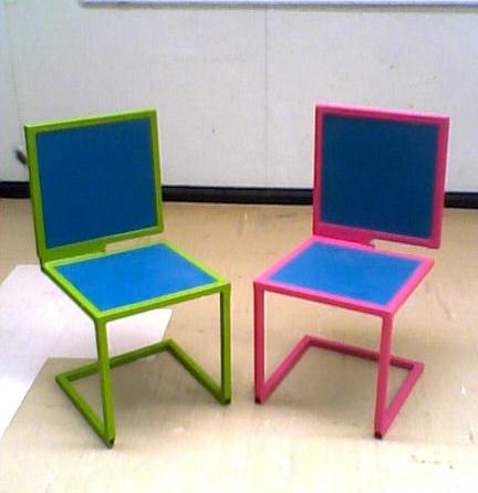 Procesos de uni n y corte proyecto 2 sillas en metal for Mesa 3 en 1 con 2 sillas