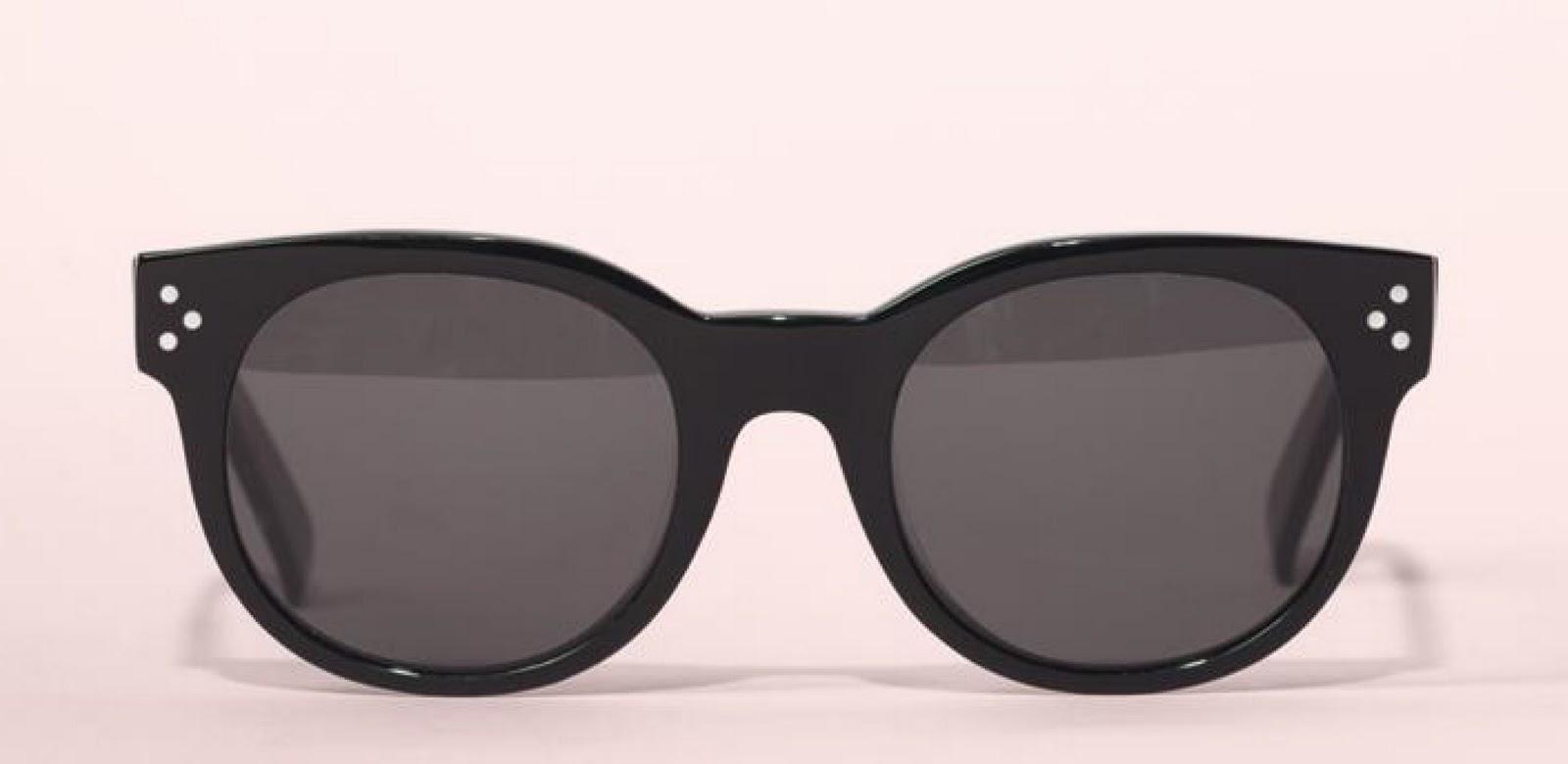 http://1.bp.blogspot.com/_m5u9mNBBNAc/TM7i2isEDfI/AAAAAAAAAqI/vqJ8E_UkFX0/s1600/Celine%20audrey%20small%20sunglasses.jpg