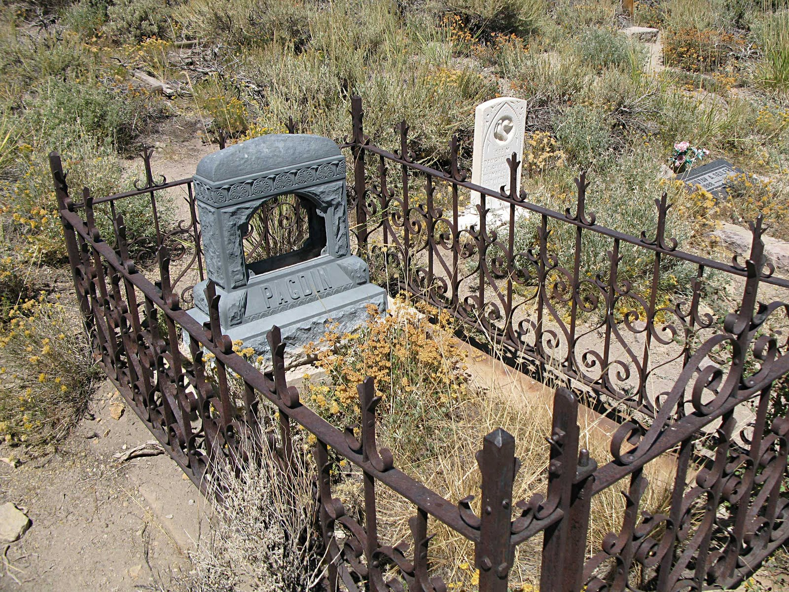The Great Silence Bodie S Dead The Strange Graves And Recent