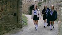 schoolgirl's arrive