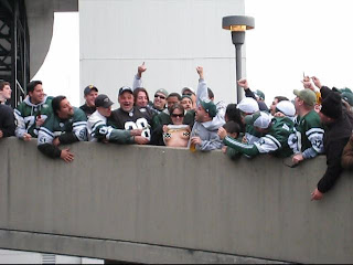 Jets fans show their tits