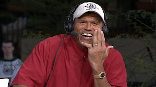 Anthony Munoz's fucked up finger