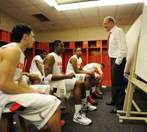 Jim Boeheim addresses his team