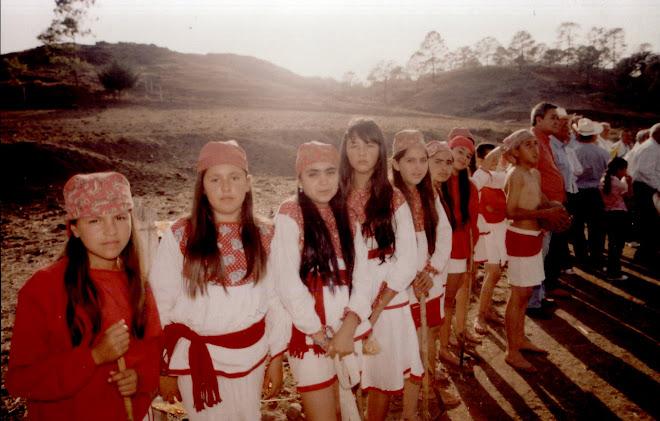 Niñas jugadoras de Ulama en Surutato, Municipio de Badiraguato