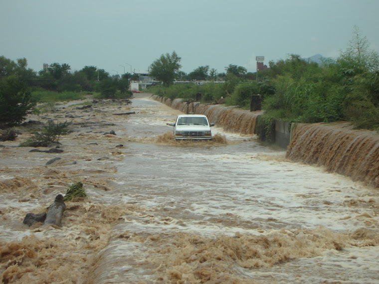 Desafiando las aguas del río Culiacán