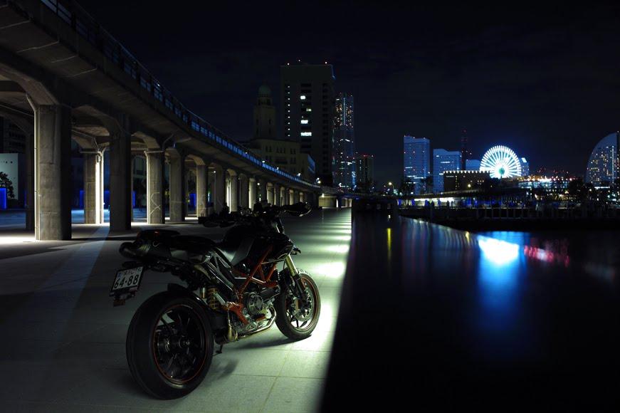 [深夜のハイパーモタード8−14SDIM1355.jpg]