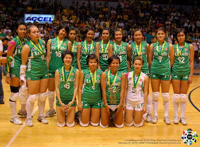 season 76 women s volleyball fans talk about the volleyball uaap