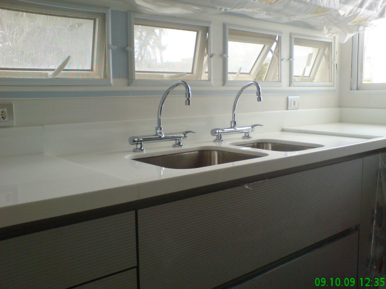 Ângulo Mármores e Granitos Bancada de Cozinha em Nanoglass (Marmoglass) , Cu # Bancada De Cozinha Com Duas Cubas