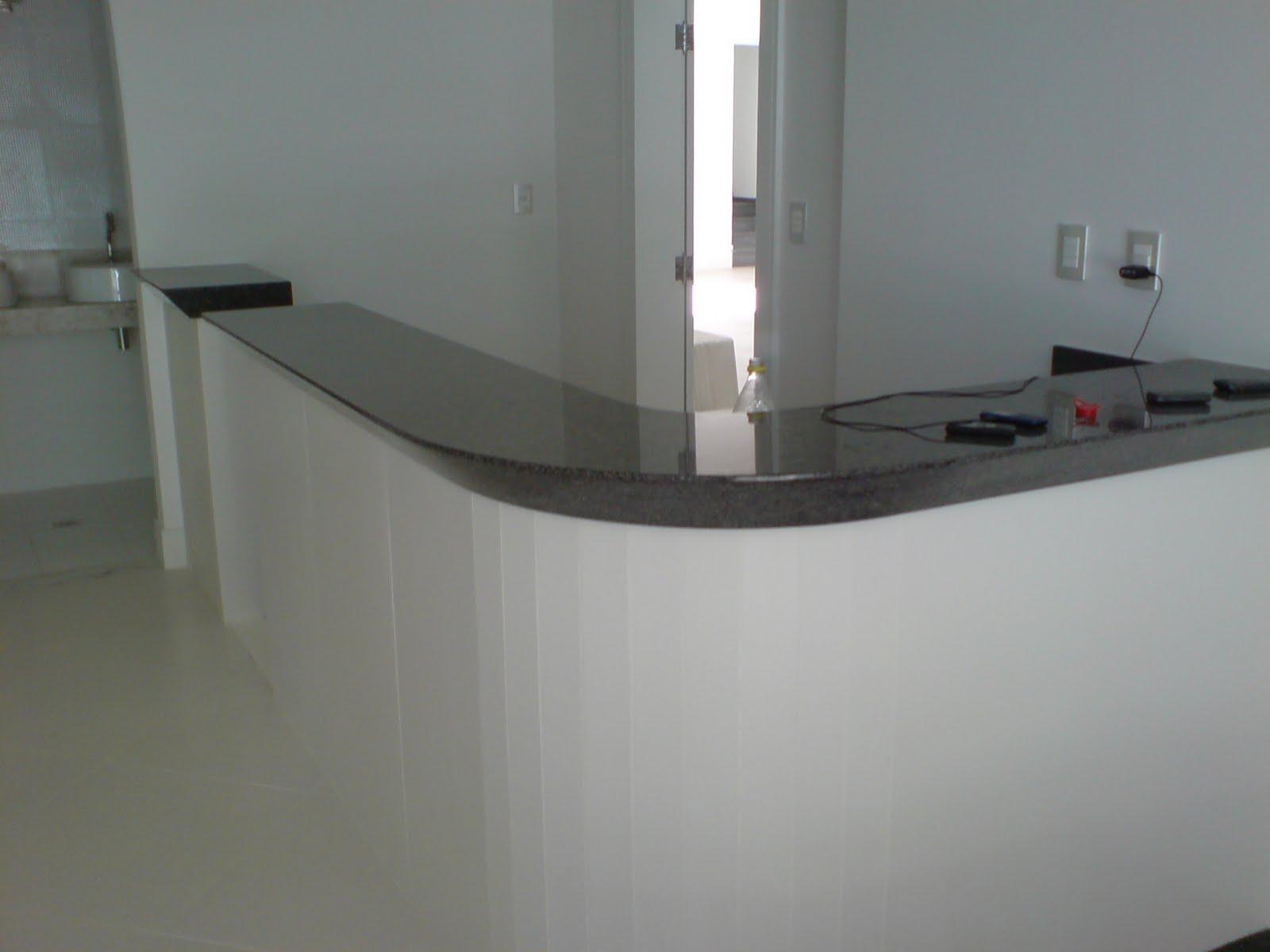#5B5D51 Ângulo Mármores e Granitos: Balcão em Granito Verde Ubatuba  1600x1200 px Balcão De Alvenaria Para Cozinha Americana #2327 imagens