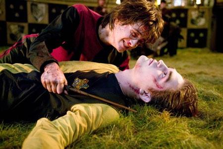Pattinson Ladies Fearnet Harry Potter 7 Horror Movie