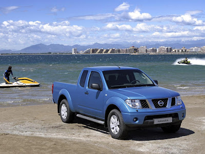 Nissan Navara 2009 Wallpaper white