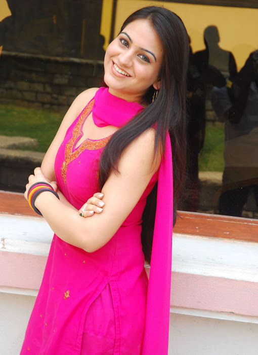 aksha in test pink dress aksha smooth lips photo gallery