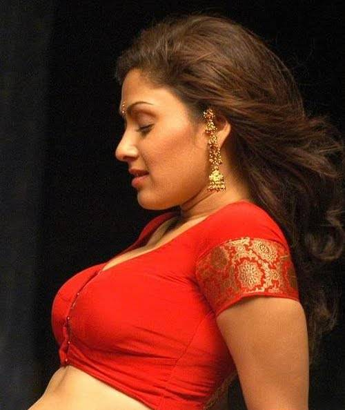 Manjari Phadnis Hot