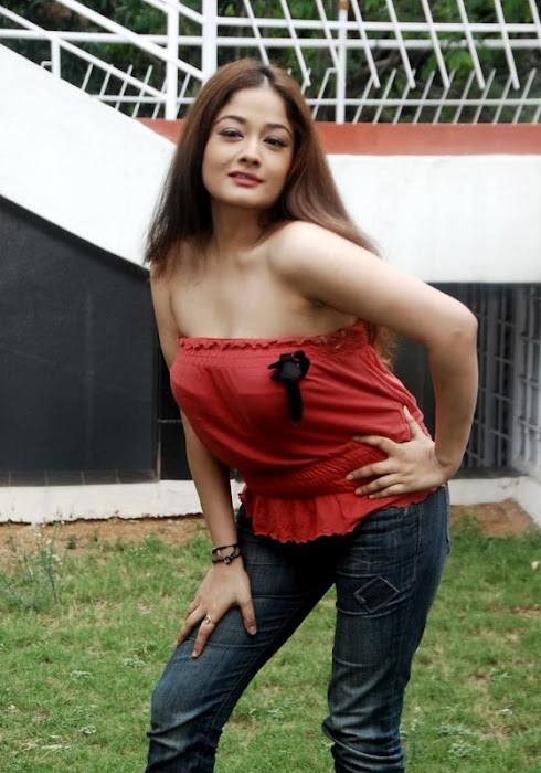 kiran rathod kiran rathod kiran rathod blue scene kiran rathod without dress latest photos