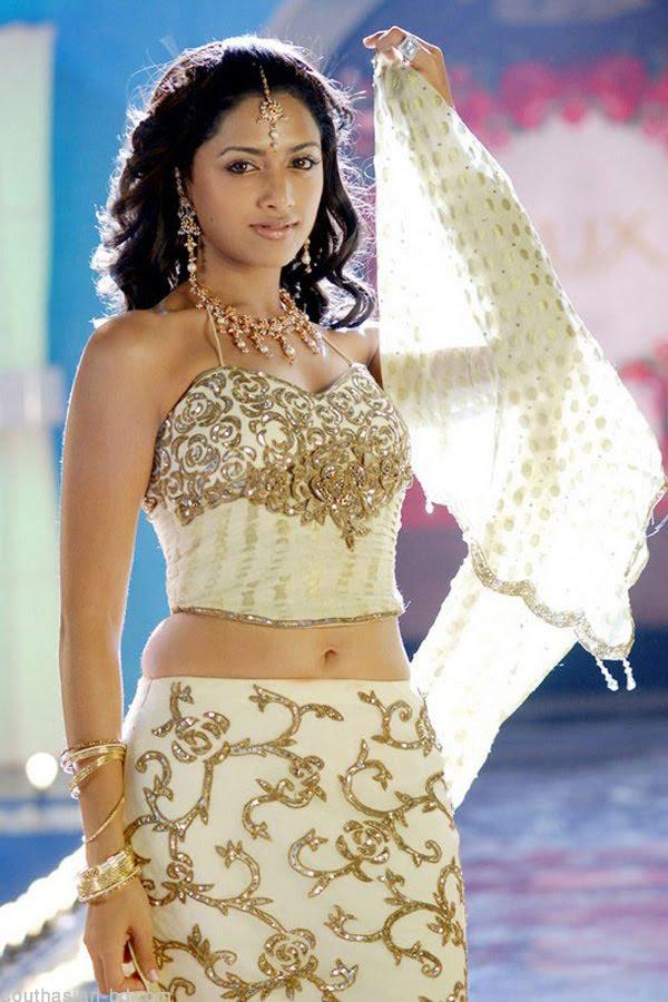 Aadhi Bahavan Movie Tamil