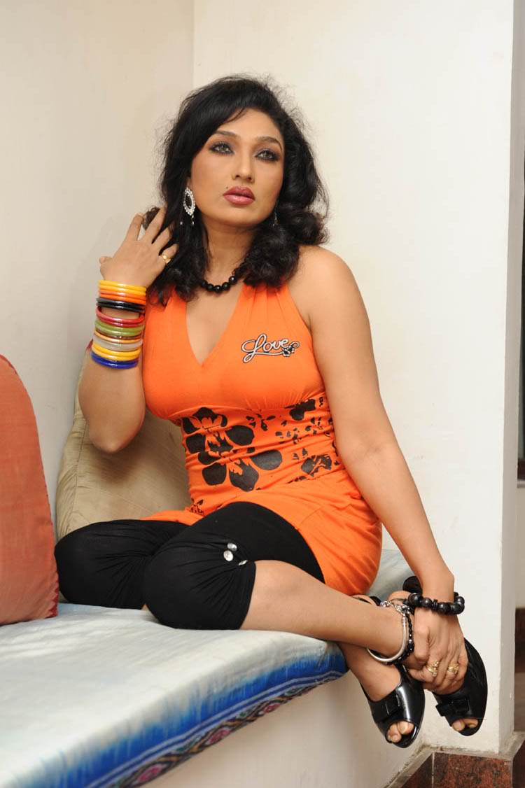 hot kannada actress ramya sexy scene