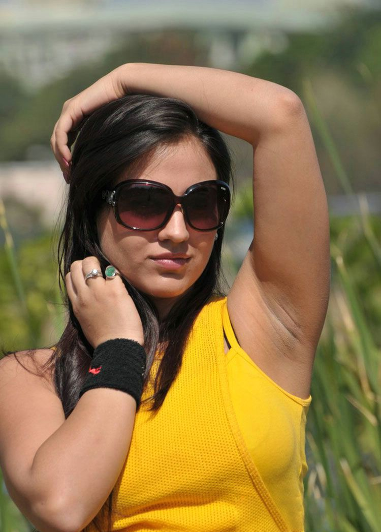 South Indian Actress Armpit Show Photos