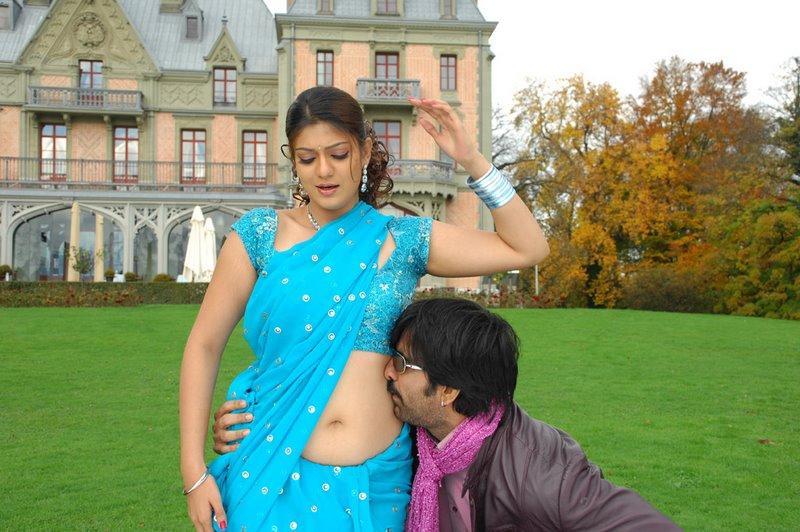 ... with Ravi Teja, Siya hot navel show, Tamil actress Siya saree stills
