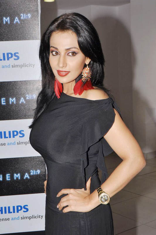 Asha Saini At Philips d Launch Hot Loose Dress Celebrities Photos unseen pics