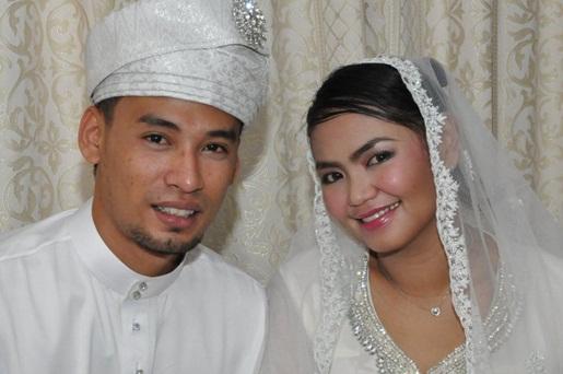 Gambar Kahwin Siti Saerah. Asyik2 entry gambar kawin,ehehe kebetulan Pia