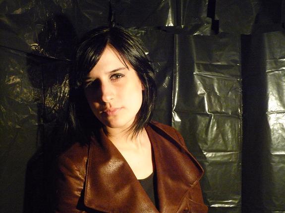 veste, cuissardes(Zara), t-shirt et jupe en faux cuir(H&M)