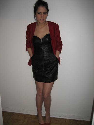 veste et robe(H&M), souliers(Zara)