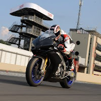 2010 Aprilia RSV4 Italy Superbike Motorcycle picture
