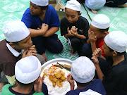 doa dulu sebelum makan...