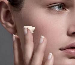 Pele lisinha com ácido retinoico - Rosto