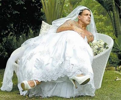 Alexandre Frota vestido de noiva - crossdresser