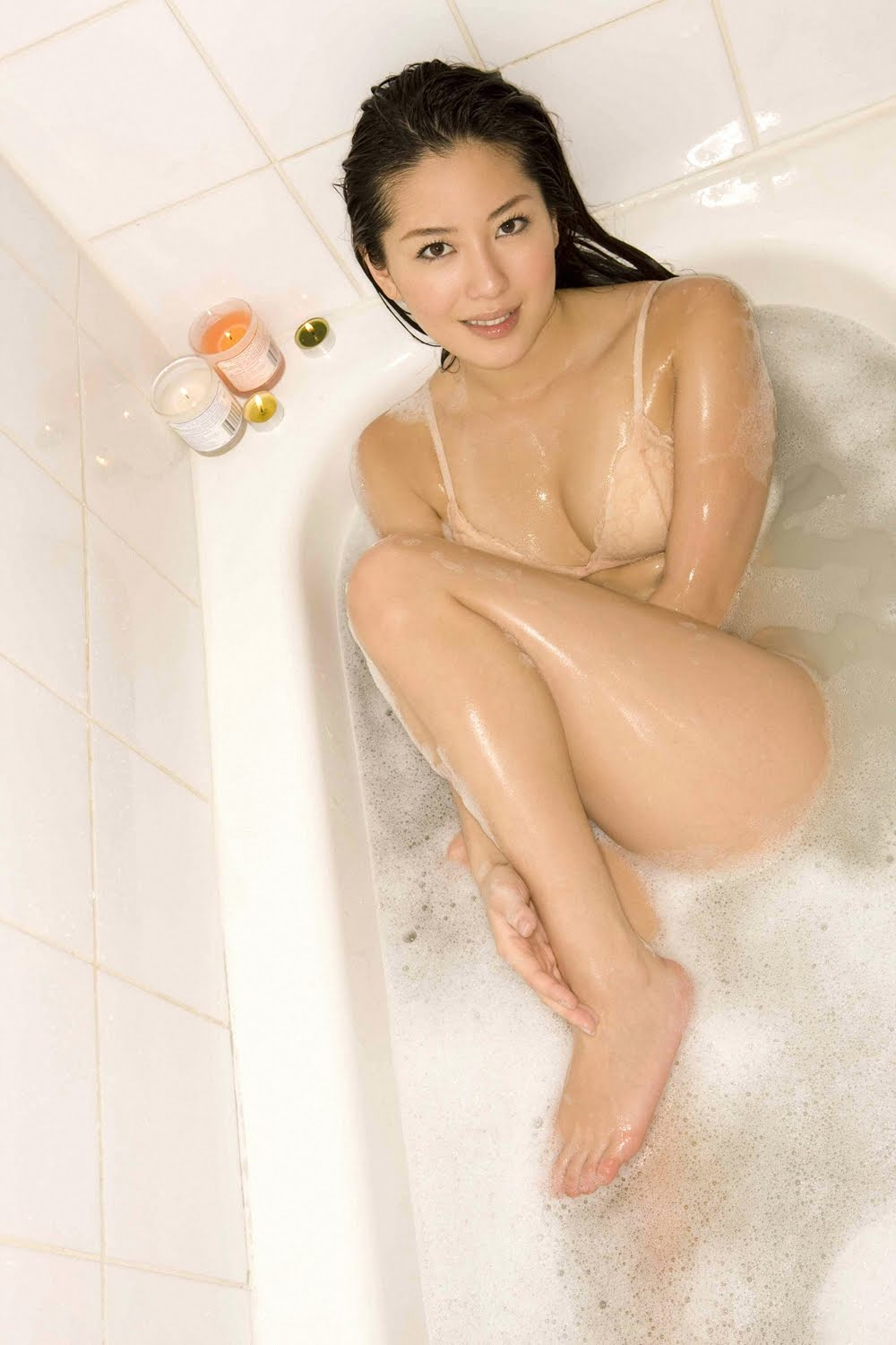 hot japanese girl taking nude bath in shower
