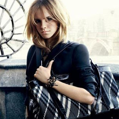 Emm´s Relationship´s 090610_emma_watson_for_burberry%5B1%5D