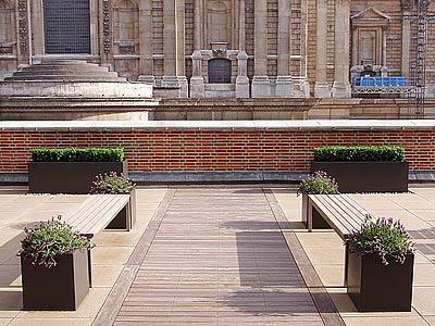 Casas minimalistas y modernas jardines minimalistas urbanos for Jardines minimalistas