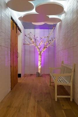 Casas minimalistas y modernas pasillos originales for Alfombras belgas originales