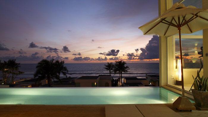 Iluminacion de piscinas mervin diecast for Iluminacion piscinas