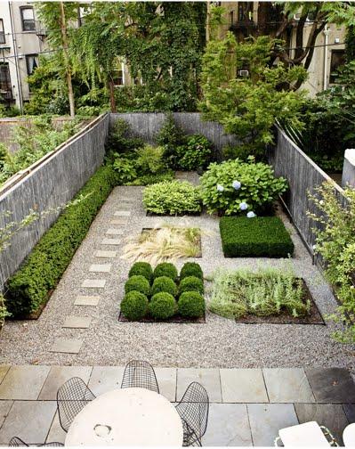 Casas minimalistas y modernas jardines nuevas propuestas for Jardines minimalistas