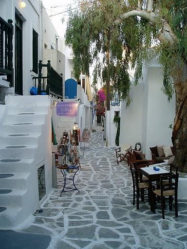 Interior sweet design algunos patios rusticos griegos for Patios rusticos
