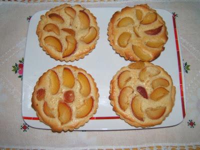 Tarteletas de albaricoques y crema de almendras (Tartelettes aux abricots à la crème d'amande)