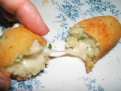 Croquetas de papas y mozzarella / Croquettes de pommes de terre et mozzarella