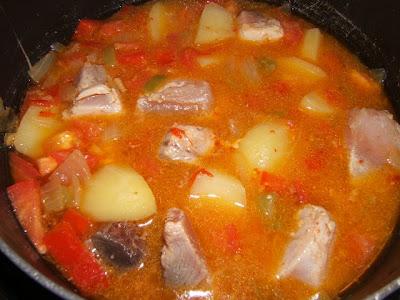 Marmitako (marmita de bonito)