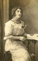 Waldina Domenech de Manjarrez (1895-1973)