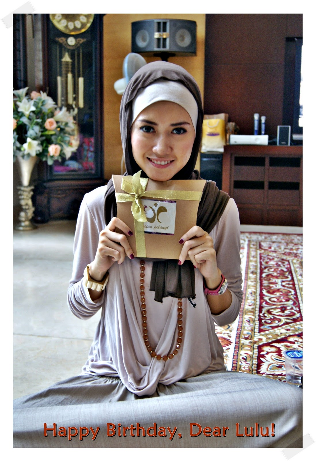 http://1.bp.blogspot.com/_mObHejI-6X8/TPZAR29_0RI/AAAAAAAAADs/TGH3DjVa6-E/s1600/hijabers%20g.JPG