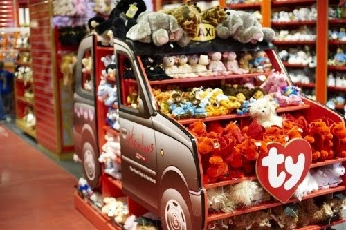 Christmas Toy Store : Helen s retail hamley christmas pop up stores