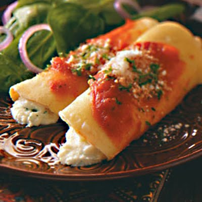 Aunt Suze's Recipe Box: Three Cheese Manicotti Crepes