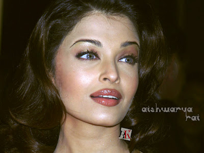 Aishwarya Rai Latest Romance Hairstyles, Long Hairstyle 2013, Hairstyle 2013, New Long Hairstyle 2013, Celebrity Long Romance Hairstyles 2359