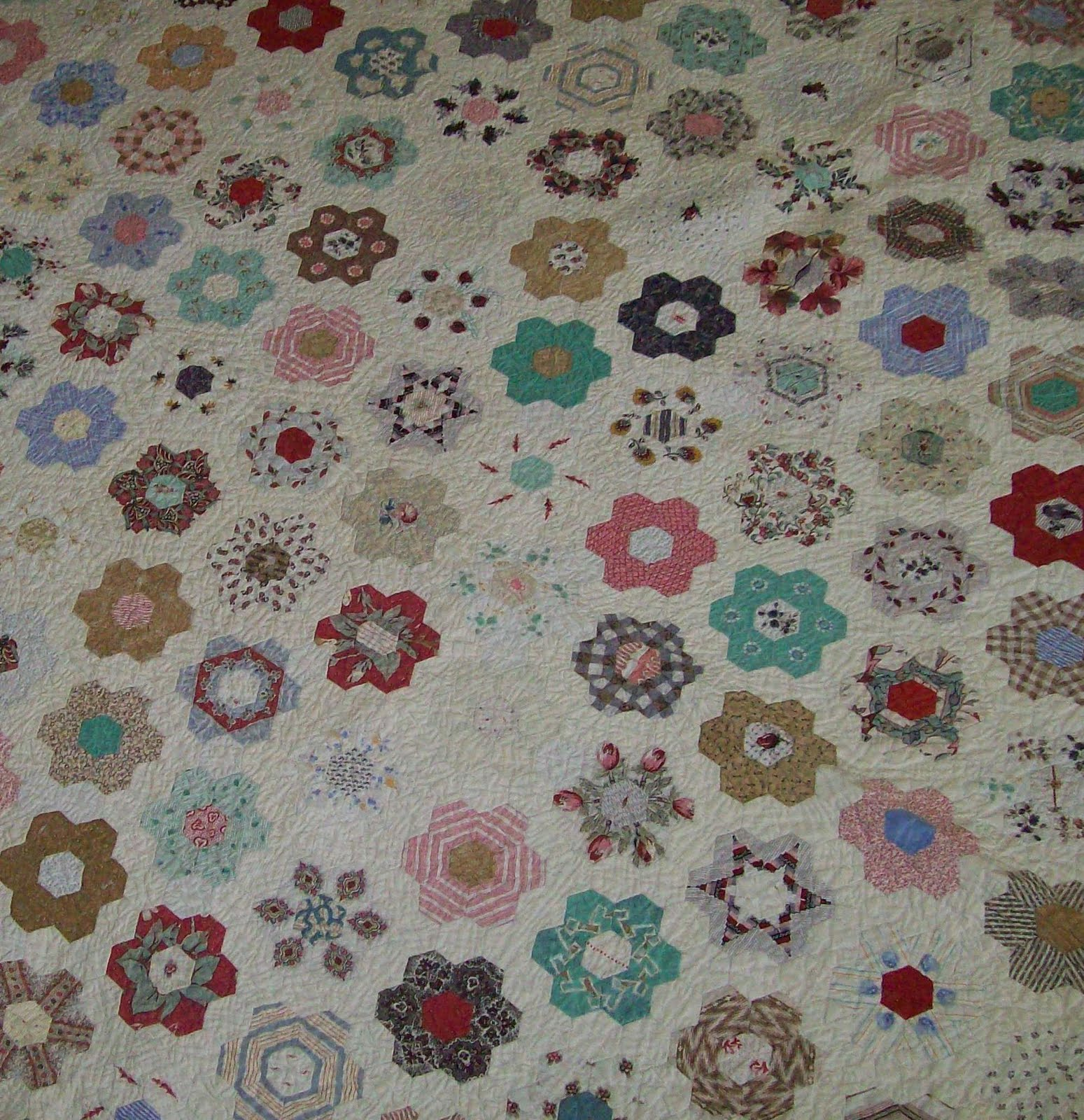 Quilt flap not your everyday grandmother 39 s flower garden - Grandmother s flower garden quilt ...