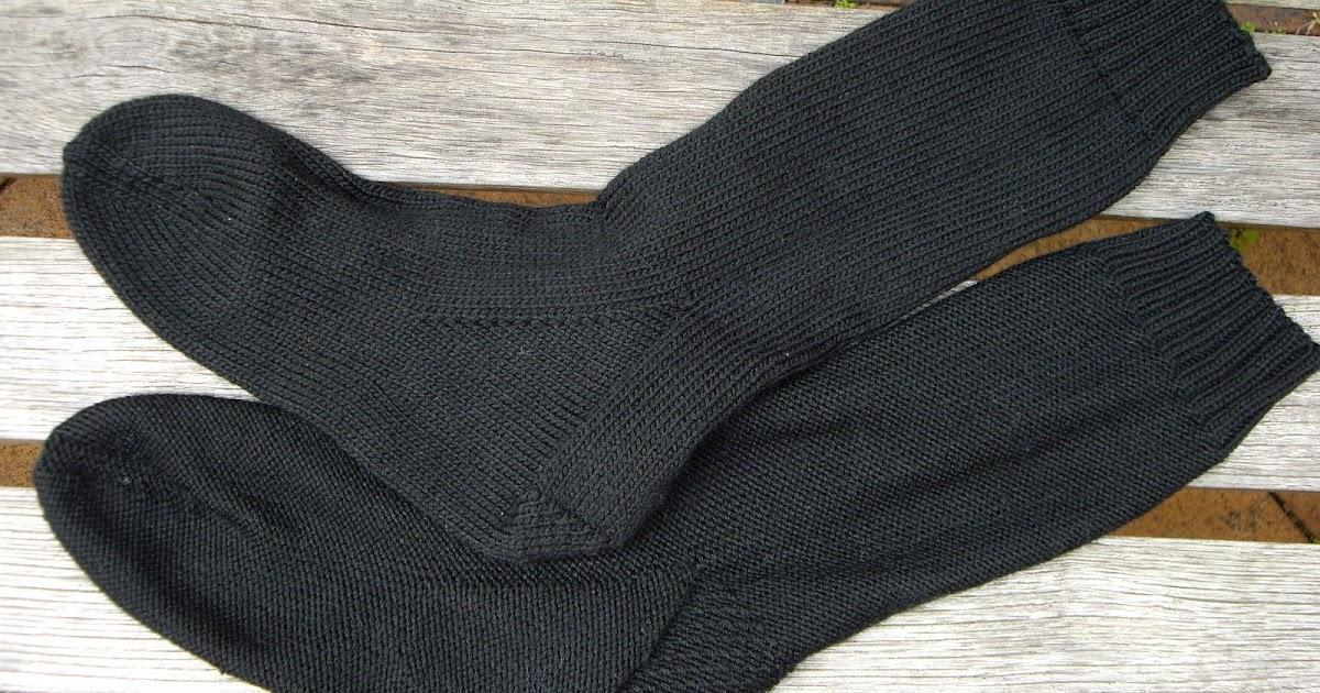 Knitting Pick Up Stitches Heel Flap : Ozlornas Knitting Blog: Heel Flap Machine Socks